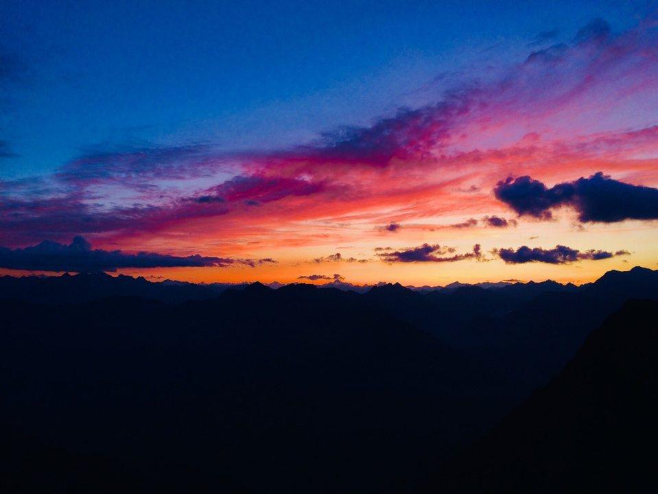 Wide Horizon at 2400 m. 7 Sep '19, 17:00